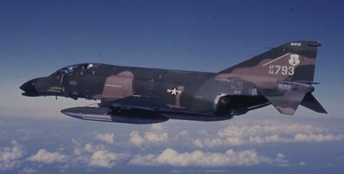 f4flying64-793